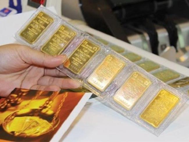 Chênh lệch giá vàng trong nước và quốc tế co hẹp còn 4,1 triệu đồng/lượng
