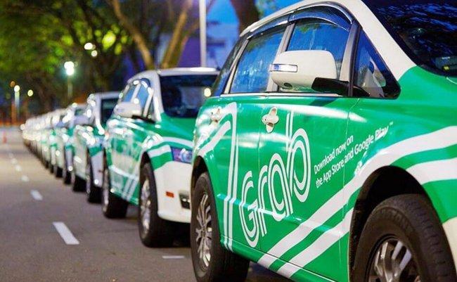 """Dự kiến cấm Uber, Grab trên phố cấm taxi: Tài xế lo giảm thu nhập nhưng... """"cứ làm đã"""""""