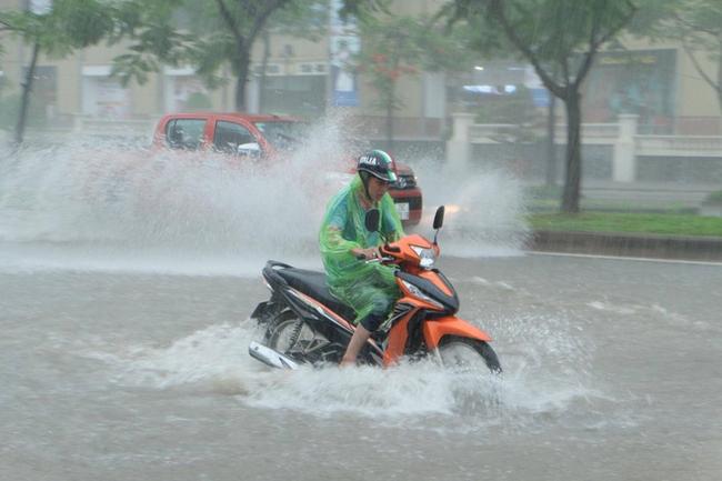 Ảnh hưởng của bão số 7, miền Bắc mưa to suốt 4 ngày
