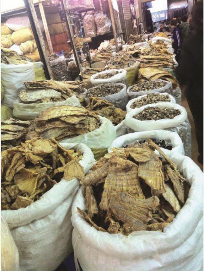 Thị trường mặt hàng thực phẩm khô chờ Tết