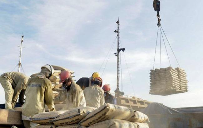 Xuất khẩu xi măng và clinker tăng 6,7% trong tháng 4