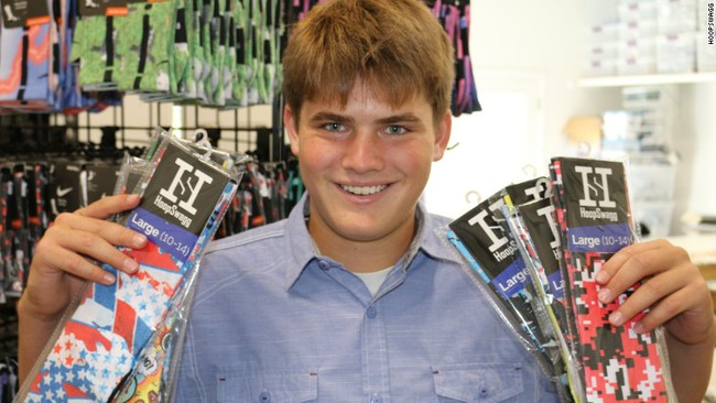 Cậu học trò 17 tuổi kiếm được triệu đô từ những chiếc tất