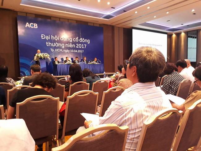 ĐHĐCĐ ACB: Standard Chartered Bank có kế hoạch thoái vốn tại ACB không?