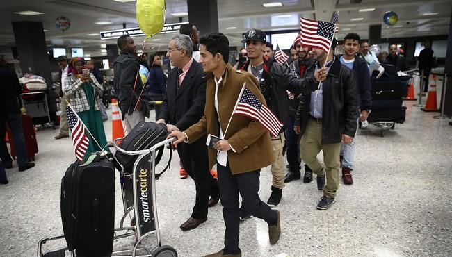Tổng thống Trump tiếp tục thua kiện, sắc lệnh nhập cư vẫn bị đình chỉ