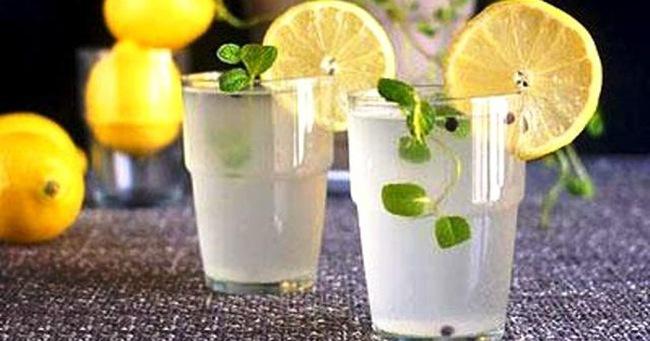 Uống một cốc nước chanh trước khi đi ngủ: Nếu chưa từng làm hãy thử, lợi ích không ngờ!
