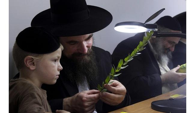 """10 định luật làm giàu người Do Thái """"khắc cốt ghi tâm"""", tồn tại 3.000 năm mà vẫn còn nguyên giá trị!"""