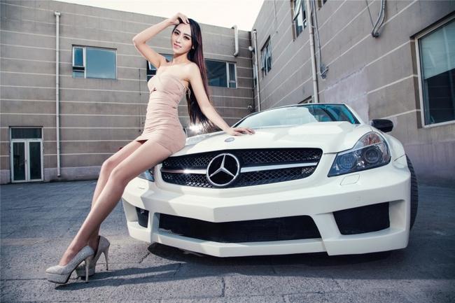 Đón nhận thông tin tích cực về tiêu thụ xe Mercedes, cổ phiếu HAX leo lên mức giá kỷ lục kể từ khi niêm yết