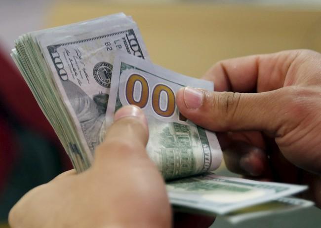 Ngân hàng Nhà nước sẽ kiên định chính sách lãi suất USD ở 0%?