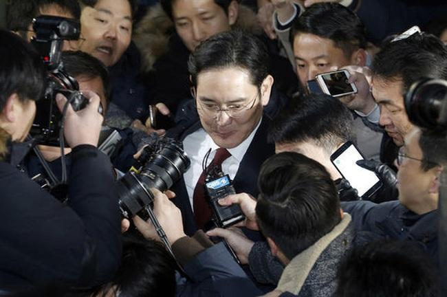 Lãnh đạo cao nhất của Samsung vừa bị bắt, đế chế này đang đứng trước thời khắc quan trọng nhất trong lịch sử 80 năm