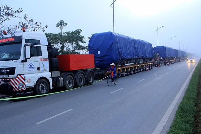 Tàu đường sắt Cát Linh - Hà Đông về đến Hà Nội đêm qua