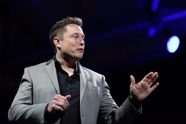 """Tỷ phú Elon Musk: """"Con người ai cũng có thất bại, quan trọng là cách đứng lên và vượt qua nó"""""""