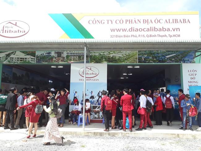 Phớt lờ mọi cảnh báo, môi giới địa ốc Alibaba tiếp tục