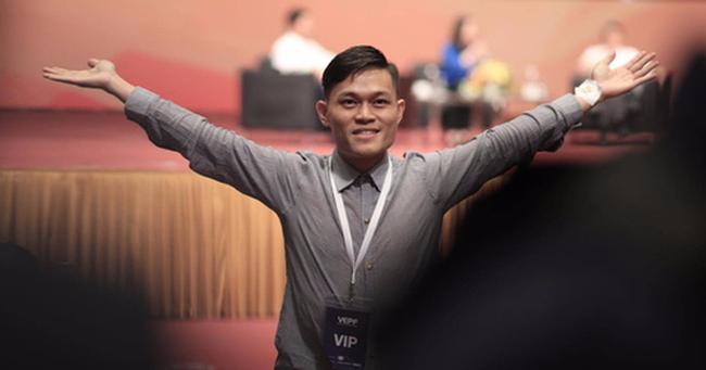 """Chàng trai """"fan cuồng"""" trong talkshow với Jack Ma tiết lộ: Bạn bè ai cũng nói tôi giống ông ấy!"""