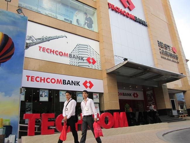 Techcombank: Lợi nhuận thuần trước thuế đạt 2.734 tỷ đồng trong 6 tháng đầu năm