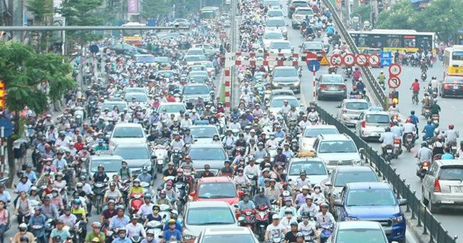 Chủ tịch Hà Nội: Không để ùn tắc kéo dài trên 30 phút