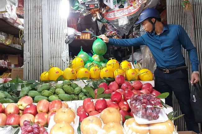 100% hoa quả Trung Quốc được kiểm dịch, tại sao dân không dám ăn?