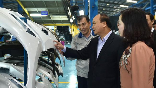"""Mơ lại giấc mơ ôtô Việt (2): Hy vọng mới từ một bộ """"tam tấu"""""""