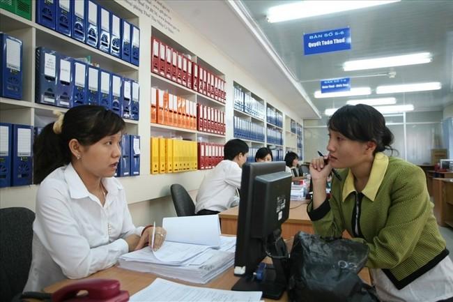 TPHCM chi 380 tỉ đồng động viên hơn 1.000 cán bộ nghỉ hưu trước tuổi