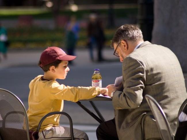 Những cách siêu hay để dạy con bài học về tiền bạc mà cha mẹ nên áp dụng