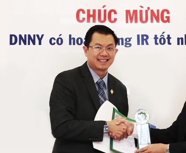 Sau 9 năm gắn bó, Phó Tổng giám đốc Lý Hoài Văn thôi việc tại Sacombank