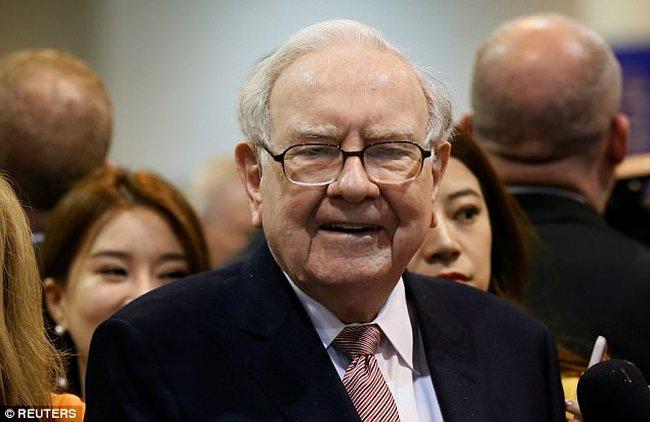 Rắc rối lớn nhất của kinh tế Mỹ nằm ở những người như... Warren Buffett