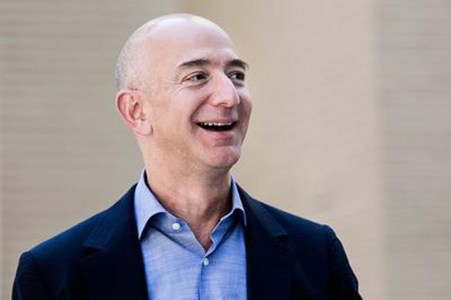 """2 năm trước từng dự đoán Amazon sẽ là Napoleon bại trận ở Waterloo, Whole Foods giờ ngậm ngùi trở thành """"bàn đạp"""" cho tham vọng của Jeff Bezos"""