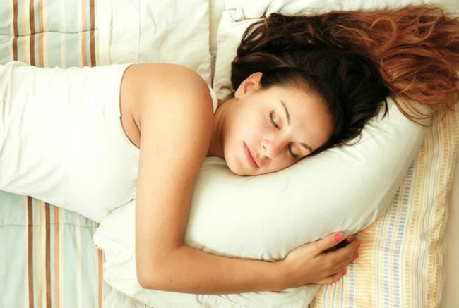 Công thức đơn giản cho giấc ngủ hoàn hảo mà ai cũng có thể áp dụng