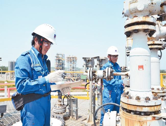 """Nhiều thông tin đáng chú ý khi Lọc dầu Dung Quất lần đầu """"lộ diện"""" báo cáo tài chính"""