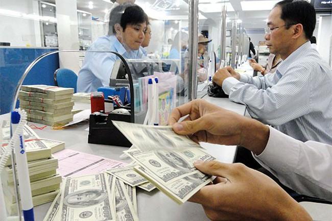 Áp lực vốn gia tăng với các ngân hàng