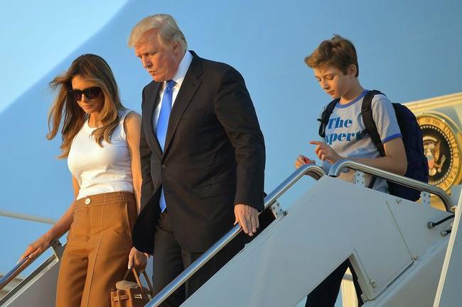 Nhà Trắng có thêm 2 nhân khẩu, Tổng thống Trump không còn phải sống một mình
