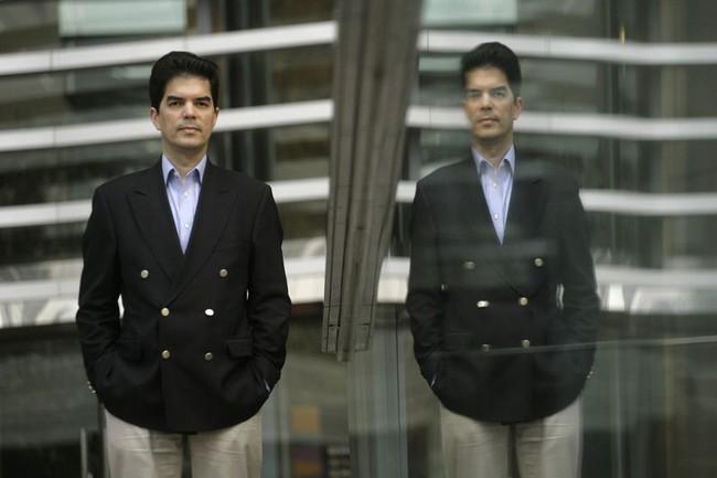 """""""Mạng lưới Enigma: 50 cổ phiếu không thuộc của riêng ai"""" đẩy cổ phiếu Hong Kong rơi đến 90%"""