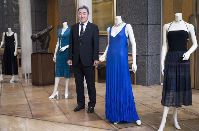 Tạo ra những chiếc máy 30 phút may xong 1 cái áo, công ty Nhật Bản tham vọng làm vỏ ô tô bằng ... vải