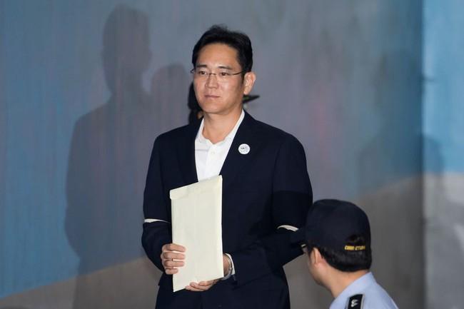 Công tố viên Hàn Quốc muốn Thái tử Samsung ngồi tù 12 năm