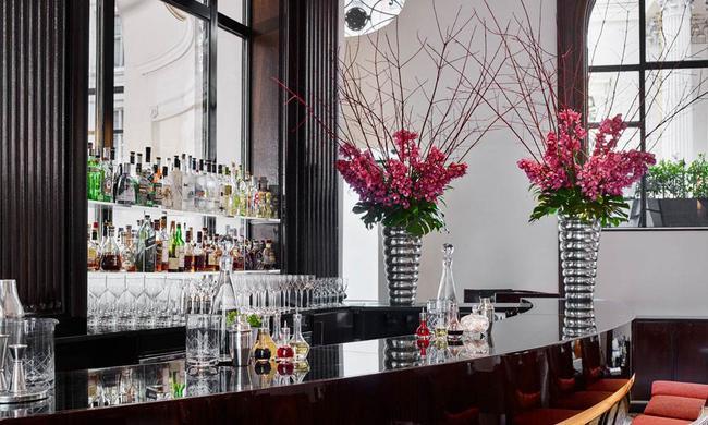 Khách sạn One Aldwych, London – nơi hội tụ tinh hoa nghệ thuật cổ điển và đương đại