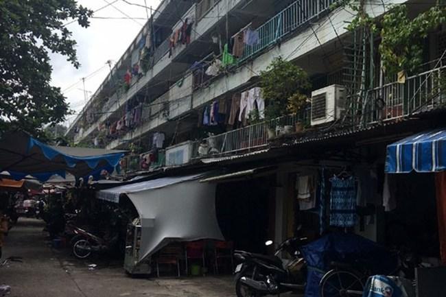Cải tạo chung cư cũ ở TPHCM: Thừa giải pháp trên giấy, thực tế vẫn tắc