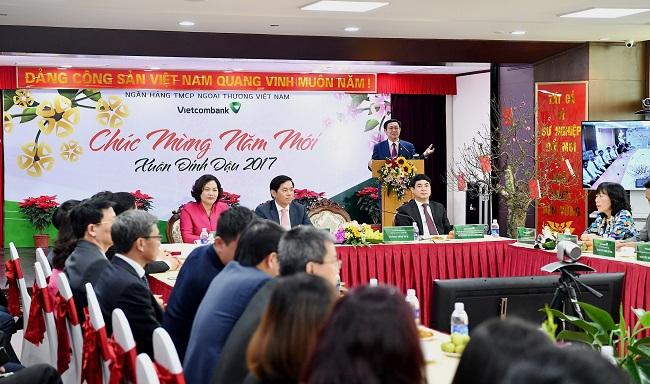 Phó Thủ tướng Vương Đình Huệ: Ngân hàng cần nâng doanh thu từ dịch vụ phi tín dụng