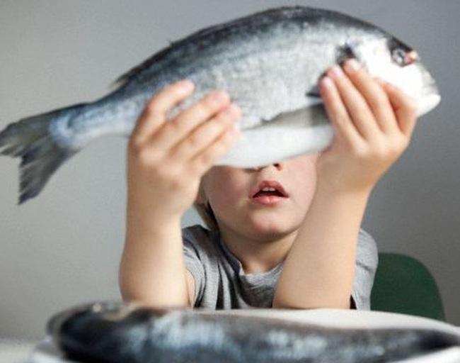 Chuyện tối thứ 4: Vì sao tôi phải trả 20 đồng cho cái đầu cá trong khi cả con cá chỉ 5 đồng?