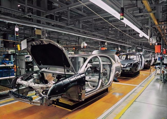 Việt Nam học được gì từ ngành công nghiệp ô tô Hàn Quốc?