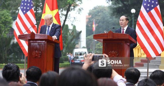 [Cập nhật] Tổng thống Donald Trump kết thúc phiên làm việc với Chủ tịch nước Trần Đại Quang