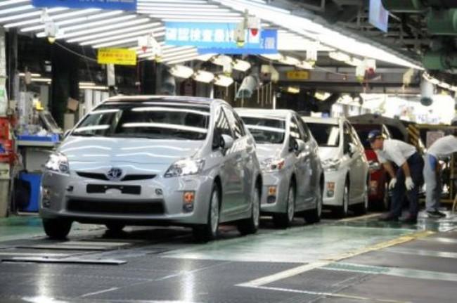 Hơn 65.000 chiếc ô tô nhập khẩu vào Việt Nam trong 8 tháng đầu năm