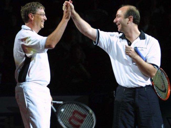 Ông chủ Amazon chỉ cần thêm 5 tỷ USD để soán ngôi giàu nhất thế giới của Bill Gates