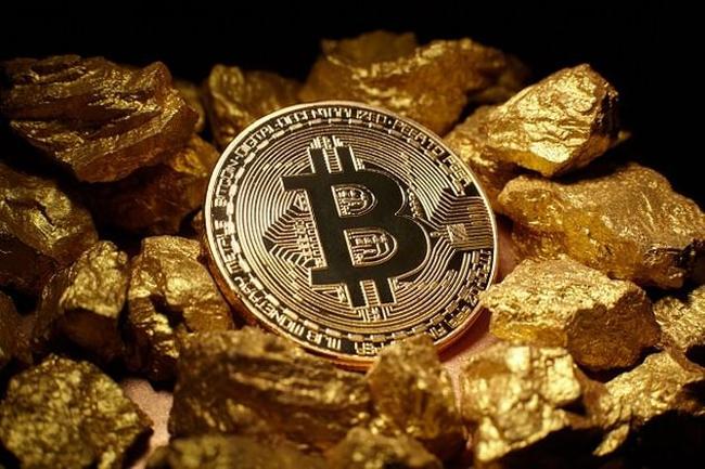 Tiếp tục tăng giá phá đỉnh, bitcoin chạm mức 6.300 USD cao nhất lịch sử
