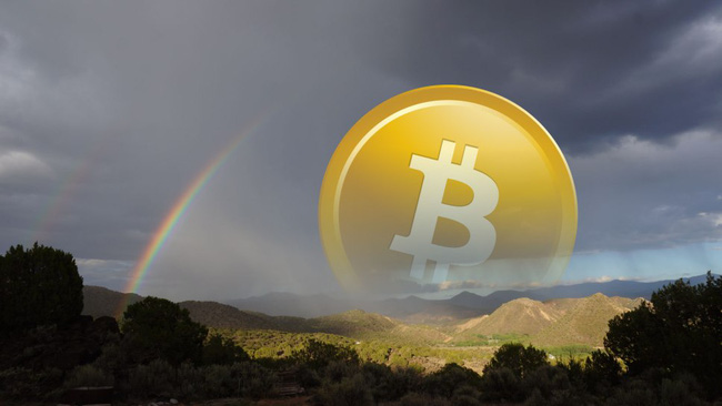 Bitcoin lần đầu đạt giá trị hơn 2.000 USD