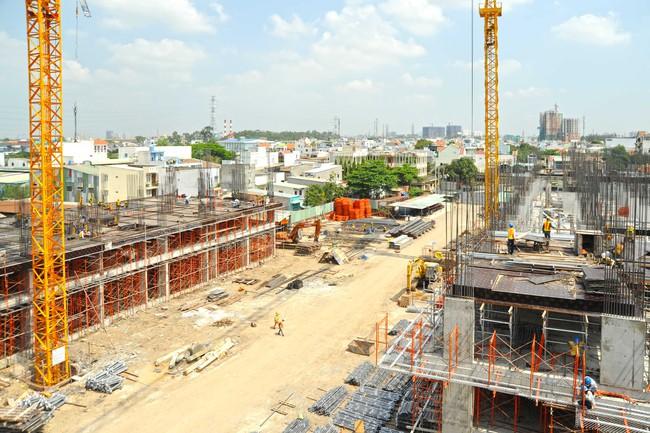 Cận cảnh tiến độ hai dự án vừa túi tiền tại khu Đông TP.HCM