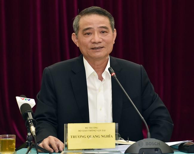 Bộ trưởng GTVT: Sao không cho hàng không giảm giá?