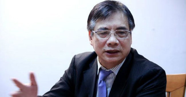 """TS. Trần Đình Thiên: Nhà nước toàn nói """"chuyện thu"""", bao giờ bàn tới """"chuyện chi"""", doanh nghiệp tư nhân mới giảm phí được!"""