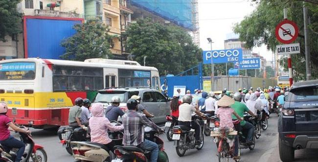 Hà Nội cấm taxi hoạt động trên nhiều tuyến đường