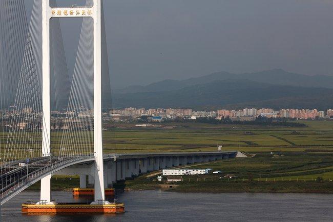 Cây cầu 350 triệu USD của Trung Quốc đi vào ngõ cụt trên đất Triều Tiên