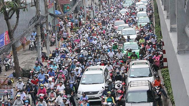 Ưu tiên phát triển vận tải công cộng, giảm xe cá nhân