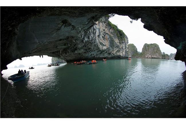 """""""Kong: Đảo đầu lâu"""": Việt Nam học được gì từ Thái Lan với phim bom tấn Hollywood?"""